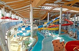 На Васильевском острове открылся аквапарк 'Piterland2'