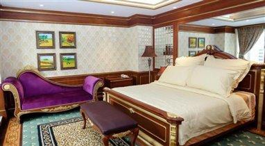 Army Hotel Nguyen Tri Phuong