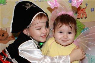 Ярослав и Анютка готовы встречать Новый Год