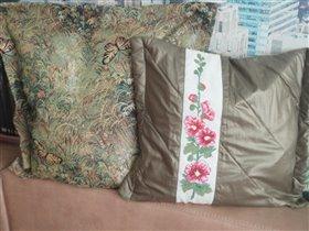 Готовая пара подушек