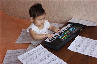 Буду пианисткой или композитором
