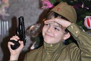 Хочу я быть военным - защитником отменным!