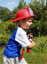 Вот стану взрослым парнем и буду я пожарным!