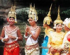 Красотки из Ангкора