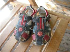 сандалики для мальчика 25размер