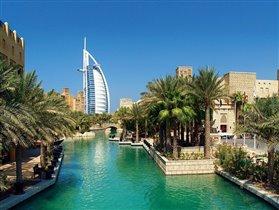 Дубаи)