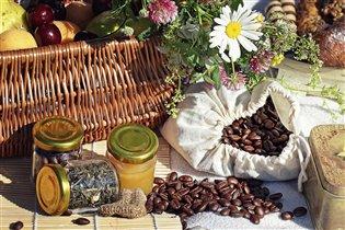 Летний завтрак с кофейным ароматом