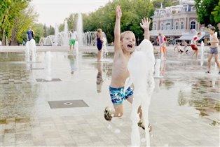 Лето-время фонтанов