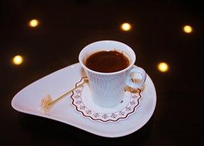 Кофе по-турецки с рахат-лукумом