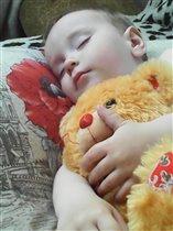 сладко спать в обнимку
