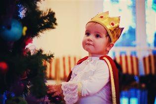 Маленький принц на елке 'В некотором царстве'.