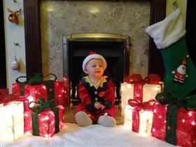 Маленький Санта встречает Новый Год