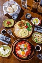 Поздние завтраки в ресторане 'Mr. Ливанец': 480 рублей за сет на двоих