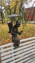 Петербургский ангел в осеннем Измайловском саду