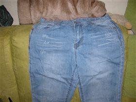 джинсы новые с потертостями без бирок