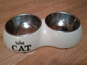 Миска для кота