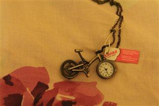 Часы-кулон велосипед, 250р