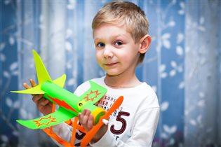 Моделирование из бумаги'Самолет построим сами...'