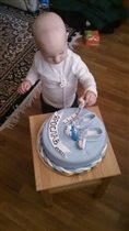 Вот такой тортик на первый день рождения ЯРОСЛАВУ!