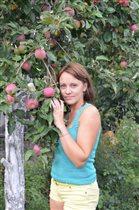 Эту яблоню я посадила сама 25 лет назад