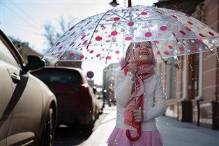 дождб покапал и прошел, солнце в целом свете...