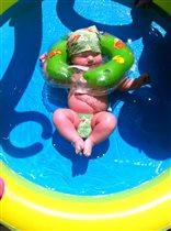 Принимаю солнечные ванны на даче