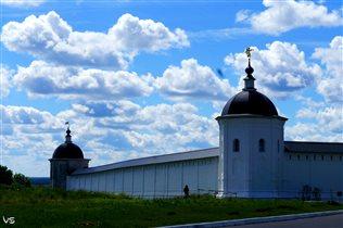 Небо над Свенским Монастырем