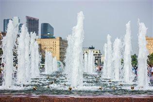 «Блиц: фонтаны»
