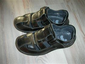 сандалии для мальчика, 27размер