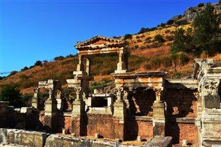 Храм Домициана, Эфес, 1 век н.э.