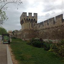 Авиньонская стена