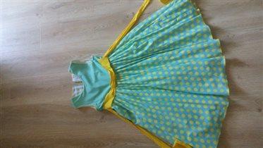 красивое нарядное платье фирма Vday на 6-7 лет