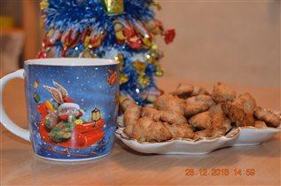 Новый год к нам мчится)
