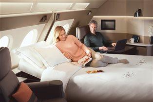 «Сингапурские Авиалинии»: новый интерьер салонов - кровати, розетки и больше места для ног