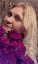 Мамочка с розами (зять балует)
