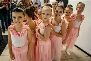 Фестиваль молодых семей приглашает Петербуржцев