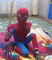 я в образе человека-паука.