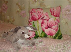 Подушка от Collection D' ART 5.070 Tulipe a droite
