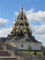 33-х купольная церковь г. Серафимович Волгогр. обл
