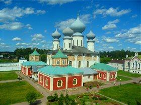 Успенский Собор в городе Тихвин