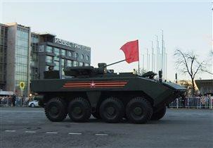 БТР «Бумеранг» с боевым модулем БМП