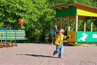 Запуск воздушного змея-залог отличного настроения!
