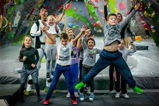 Июньские смены детского городского лагеря на скалодроме Limestone