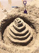 Наши первые поделки из песка