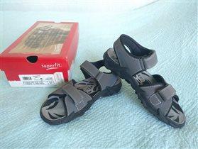 Новые сандали SuperFit для мальчика р.37 2500р
