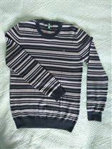 Б/У свитер д/мальчика Benetton 400р