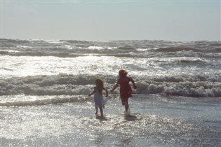 Бегущие по волнам......