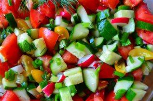 Разноцветный салат.