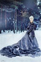 снежная королева в заснеженном лесу