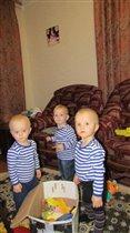 Мы три брата акробата!